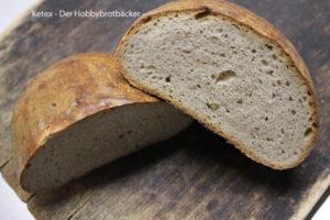 Brot mit grünem Pfeffer