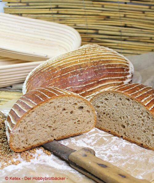 Weizenmischbrot mit Kochstück (Slow dough®)